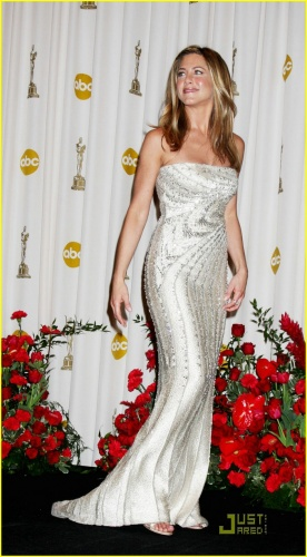 jennifer-aniston-2009-oscars-04.jpg