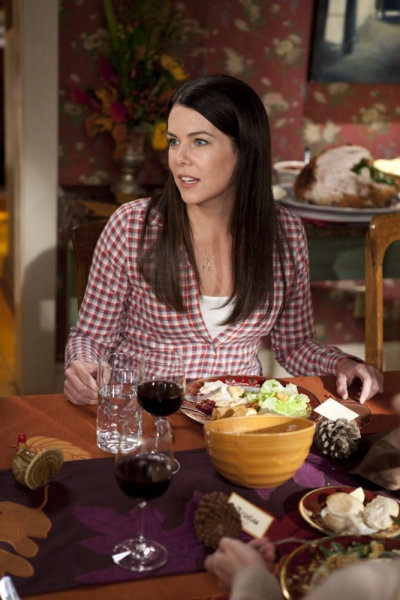 2x10-Happy-Thanksgiving-Promotional-Photos-parenthood-2010-tv-series-17042421-400-600.jpg